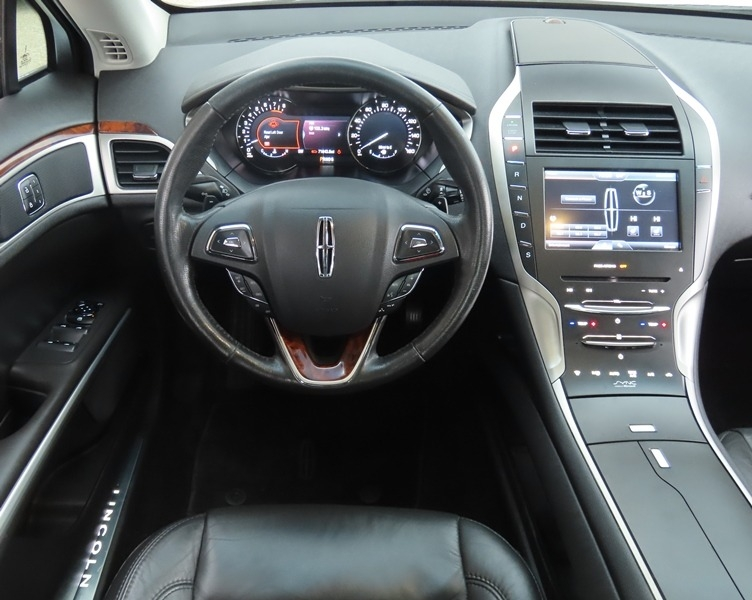 Lincoln MKZ 2014 price $13,950