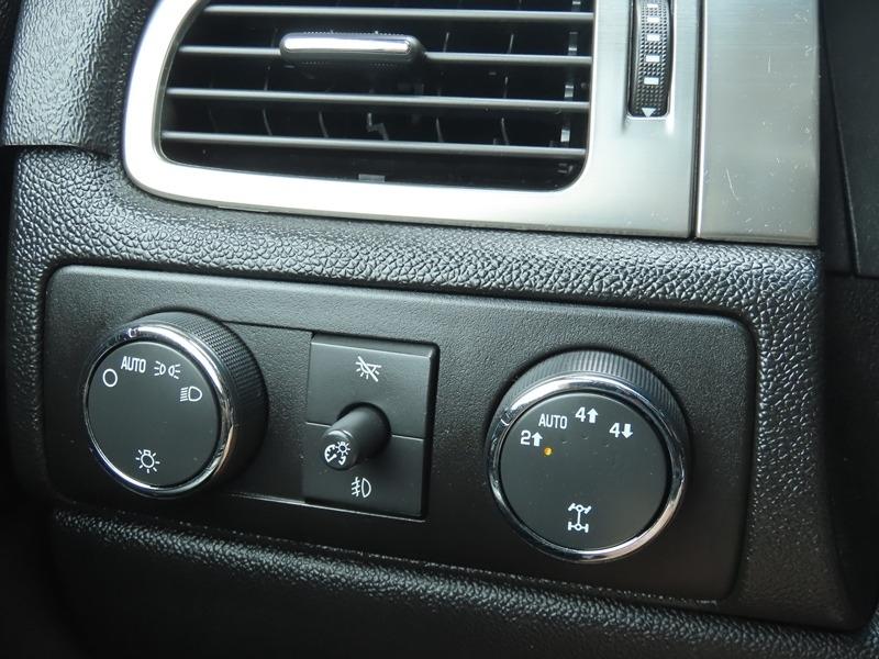 Chevrolet Suburban 2007 price $13,950