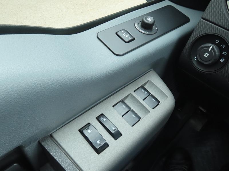 Ford Super Duty F-250 2011 price $27,950
