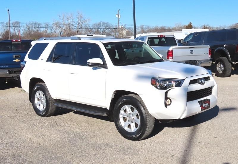 Toyota 4Runner 2016 price $26,950