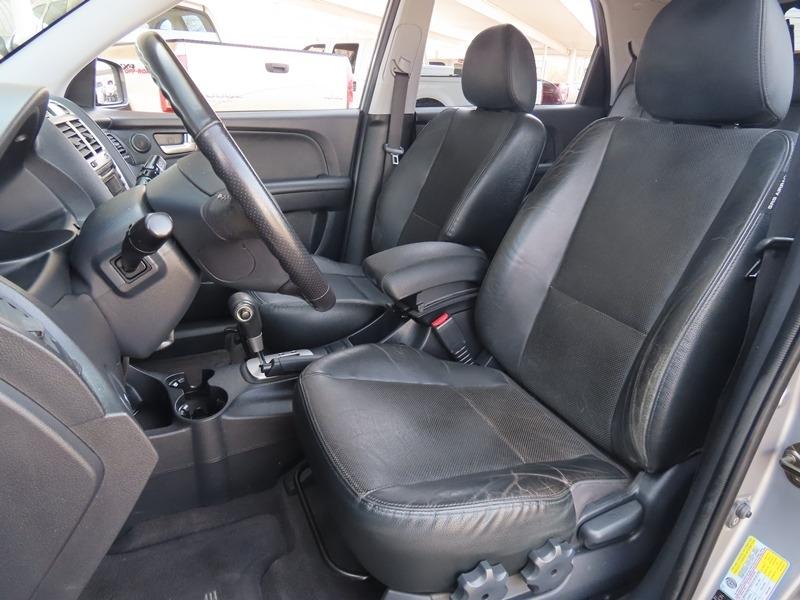 Kia Sportage 2005 price $4,950