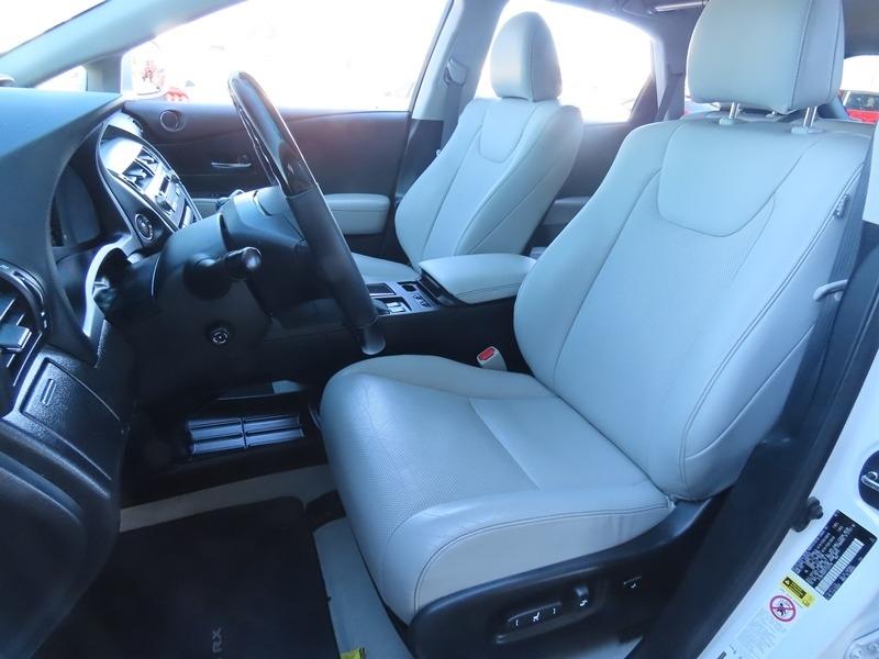 Lexus RX 350 2015 price $25,950
