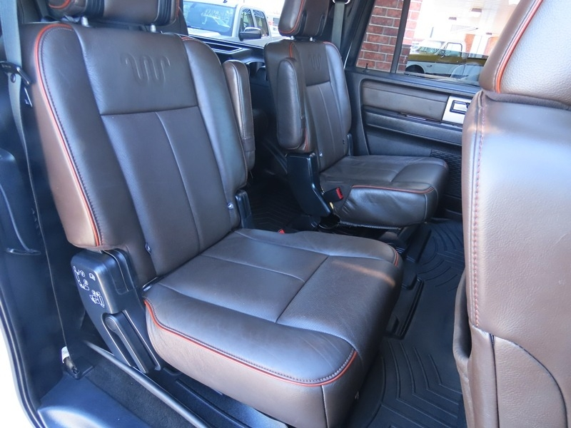 Ford Expedition EL 2015 price $18,950