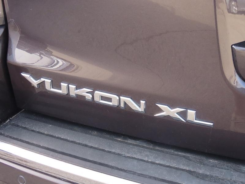 GMC Yukon XL 2016 price $39,950
