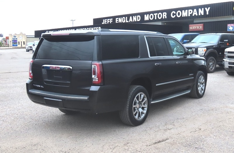 GMC Yukon XL 2015 price $34,950