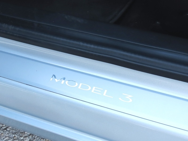Tesla Model 3 2018 price $46,950