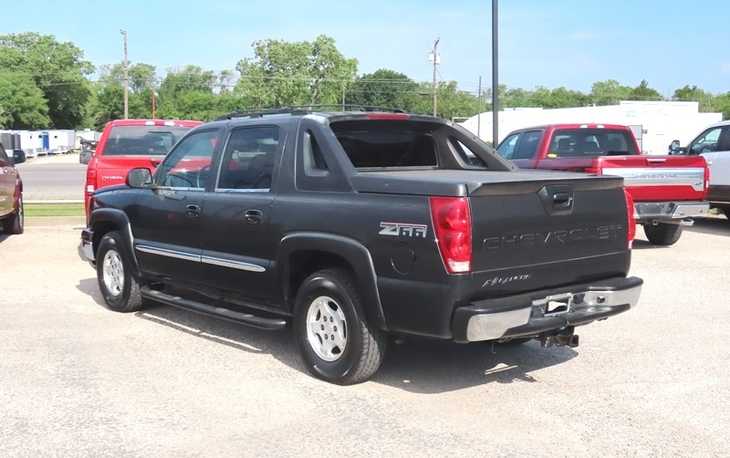 Chevrolet Avalanche 2003 price $6,950