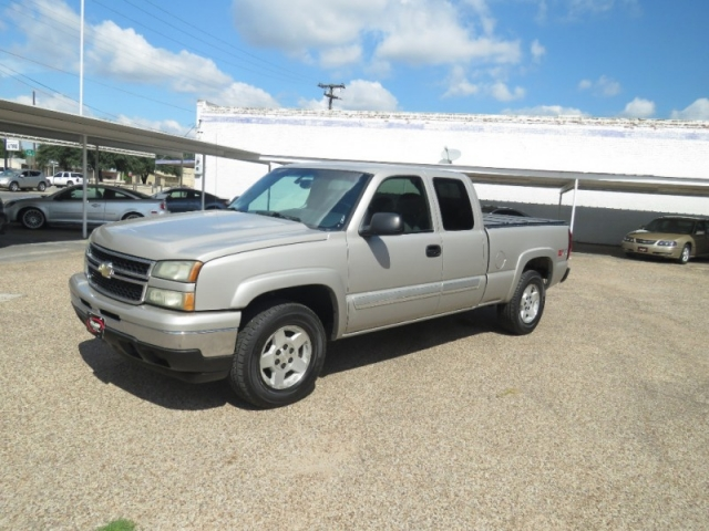 2006 Chevrolet 1500 4x4 Z71 Extended Cab