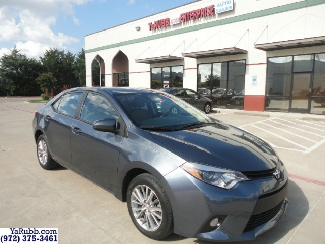 2014 Toyota Corolla LE 1 Owner Alloys