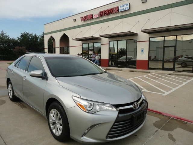 2015 Toyota TOYOTA CAMRY LE