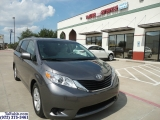 Toyota Sienna LE 1 Owner 2014