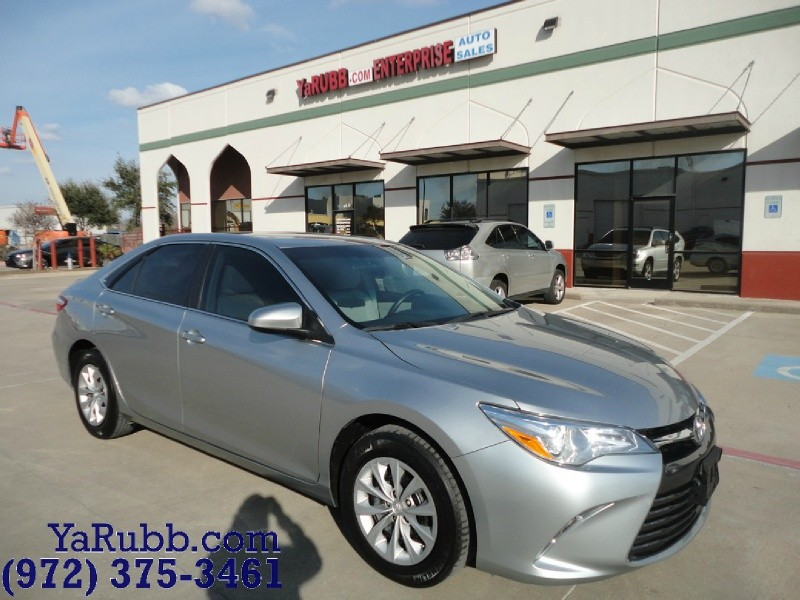 2015 Toyota Camry LE 1 Owner Backup Camera