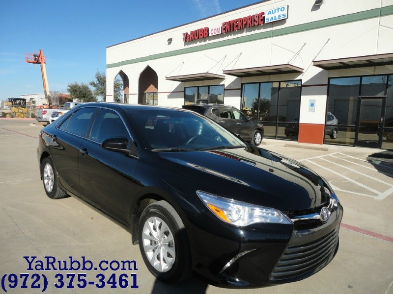 2017 Toyota Camry LE 1 Owner Factory Warranty