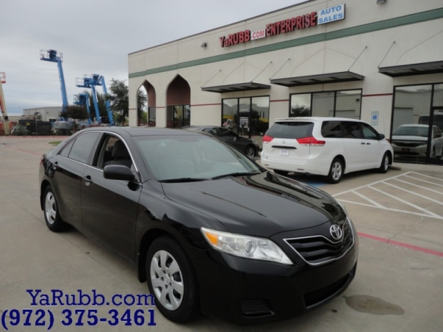 2010 Toyota Camry LE 88k mi 1 Owner 5 Speed