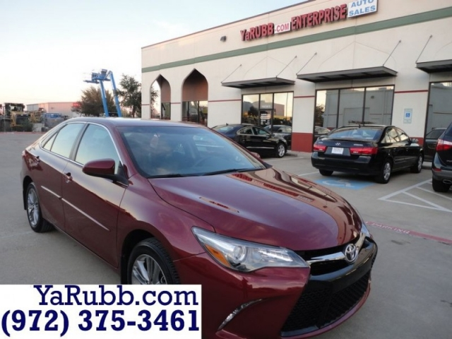 2016 Toyota Camry SE Leather Alloys CARFAX Cert