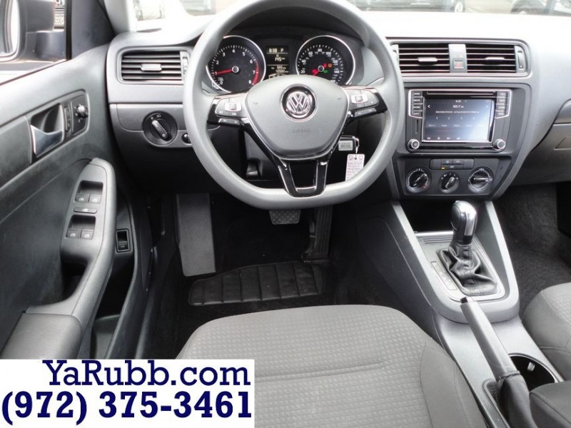 Volkswagen Jetta S 1.4T TECH 42k Mi 2016 price $10,990