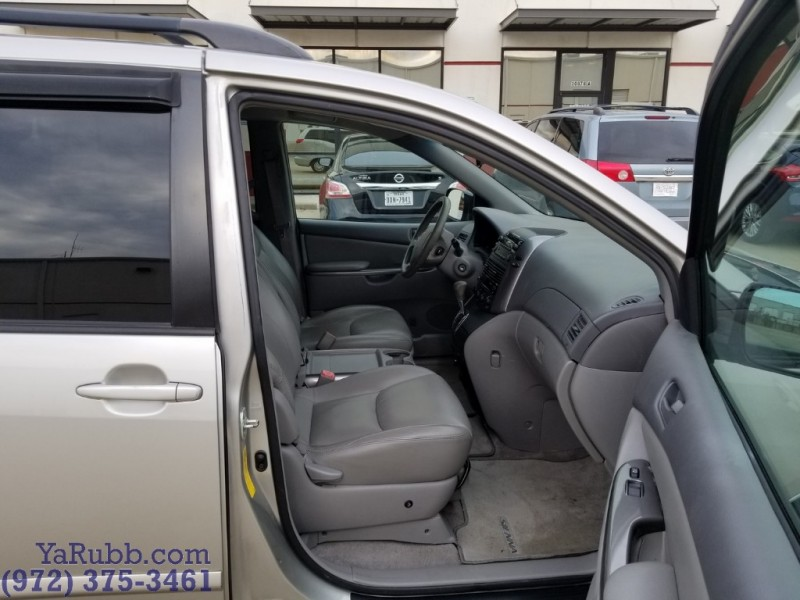 Toyota Sienna LE Leather Pwr Sliding Doors 2009 price $6,490