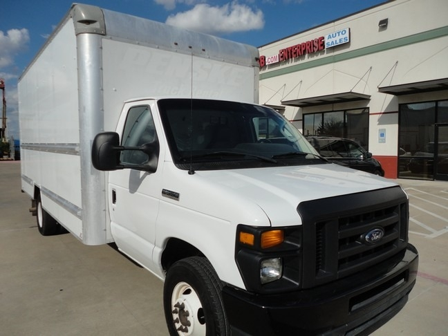 Ford Econoline Commercial Cutaway 2015 price $13,490