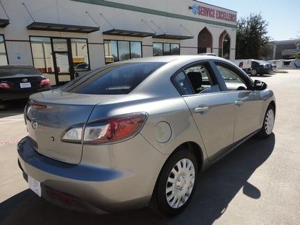 Mazda Mazda3 2011 price $5,990