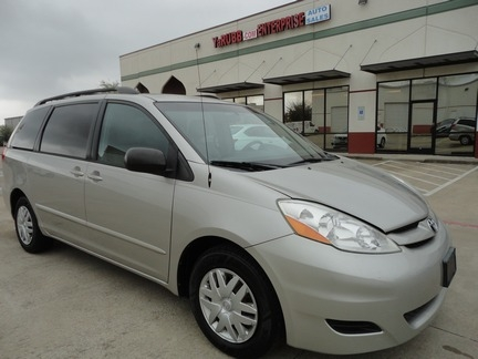 Toyota Sienna LE Leather 1 Owner Texas Vehicle 2007 price $6,500