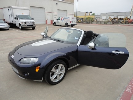 Mazda MX-5 Miata Sports Convertible 2007 price $8,750