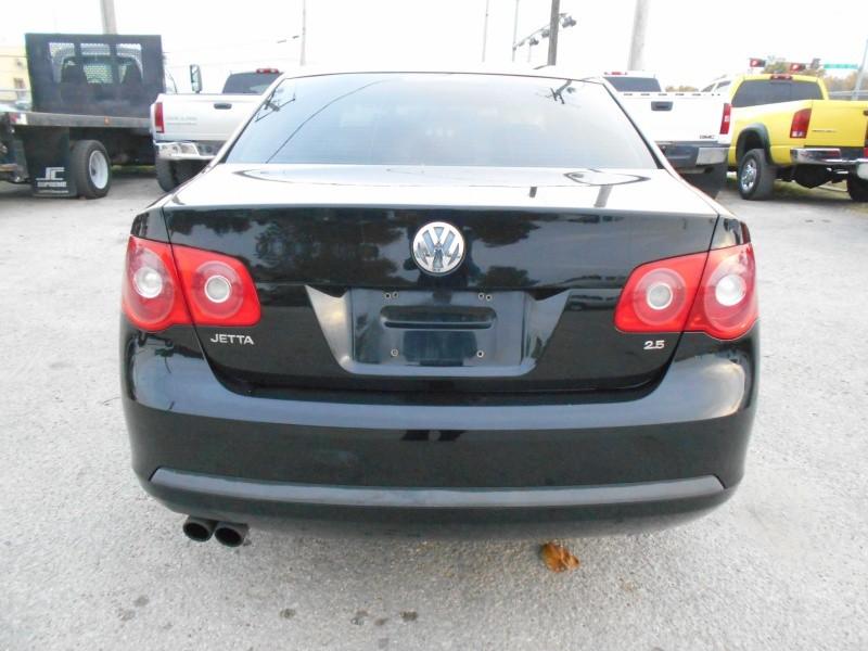 Volkswagen Jetta Sedan 2006 price $5,995