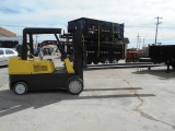 HYSTER FORKLIFT 5' FORKS 14 FEET HIGH  2000