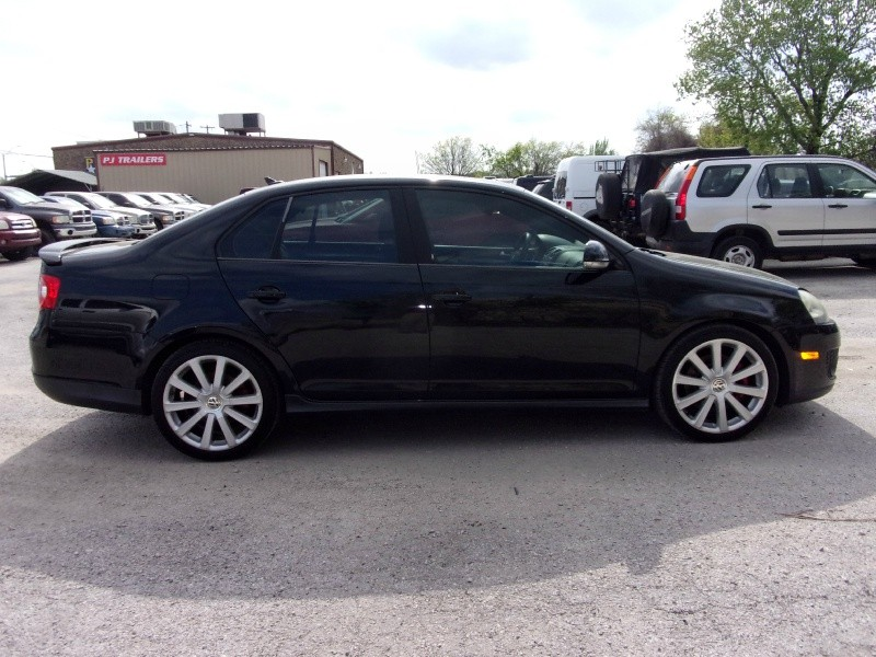 Volkswagen Jetta Sedan 2007 price $6,995