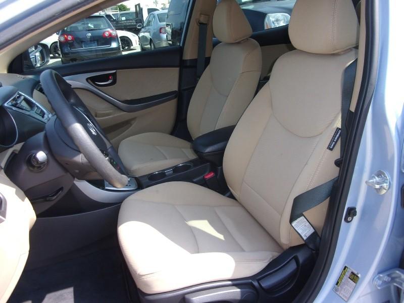 Hyundai Elantra 2012 price $9,995