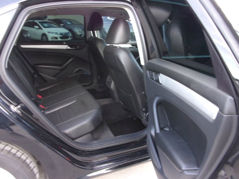 Volkswagen Passat 2012 price $9,995