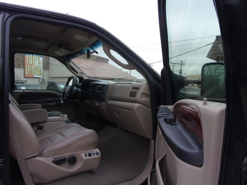 Ford Excursion 2005 price $16,995