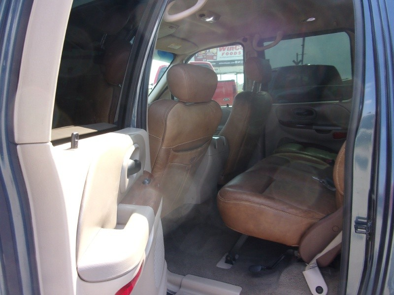Ford F-150 2003 price $8,995