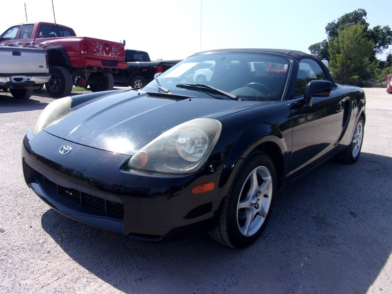 Toyota MR2 Spyder 2002 price $5,995