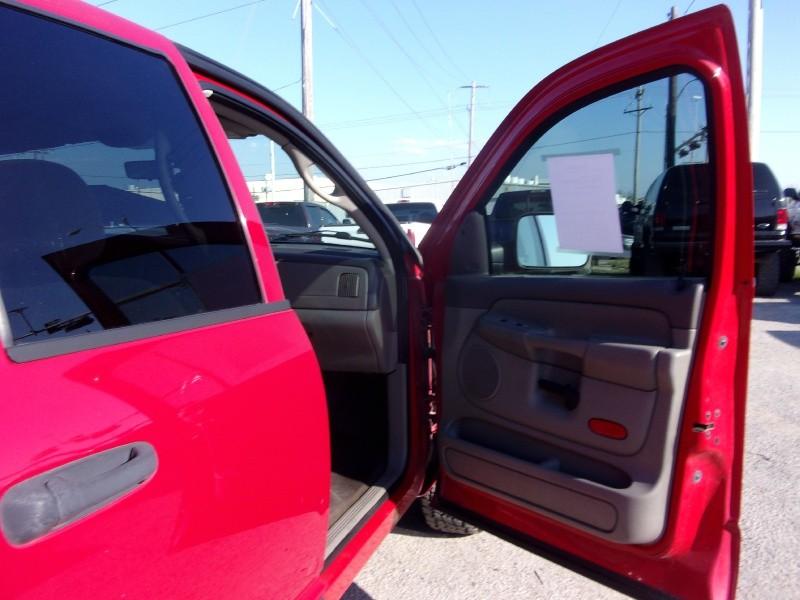 Dodge Ram 2500 2005 price $9,995