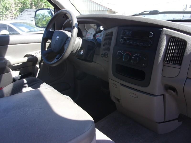 Dodge Ram 1500 2004 price $3,995