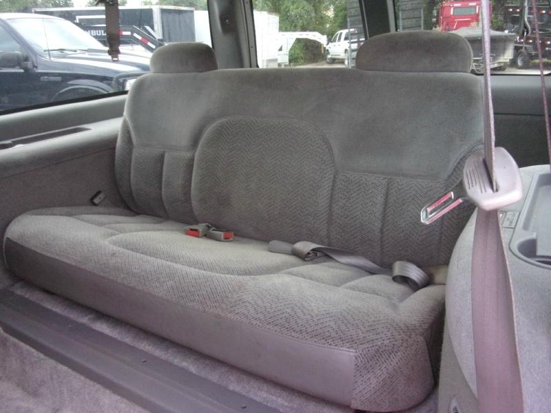 GMC Suburban 1997 price $10,995