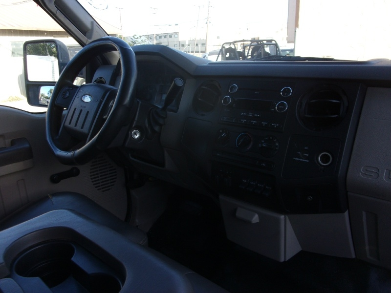 Ford Super Duty F-450 DRW 2009 price $16,995