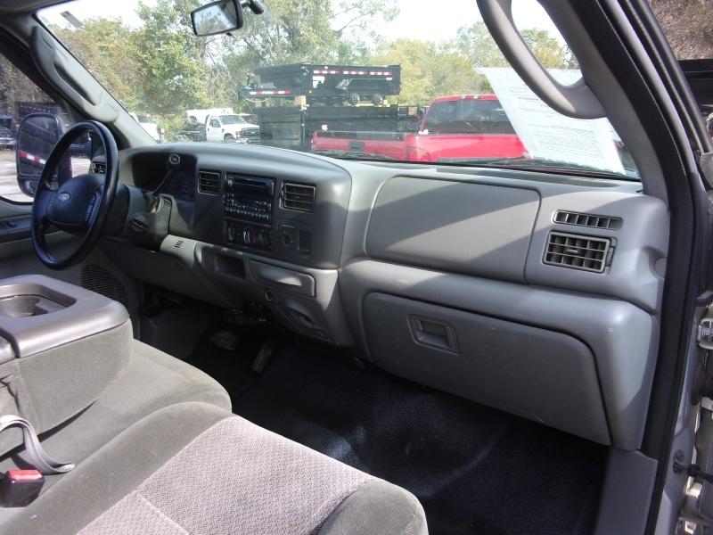 Ford Super Duty F-250 2003 price $9,995