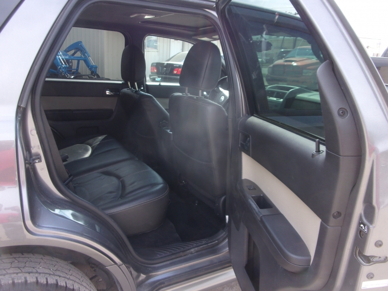 Mercury Mariner 2009 price $8,995