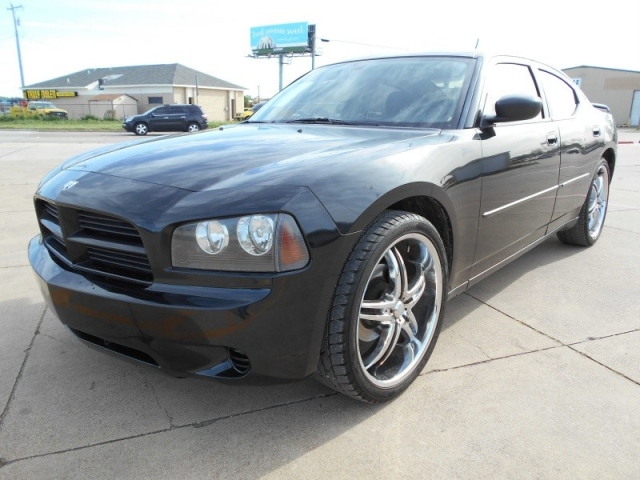 2008 Dodge Charger NICE WHEELS