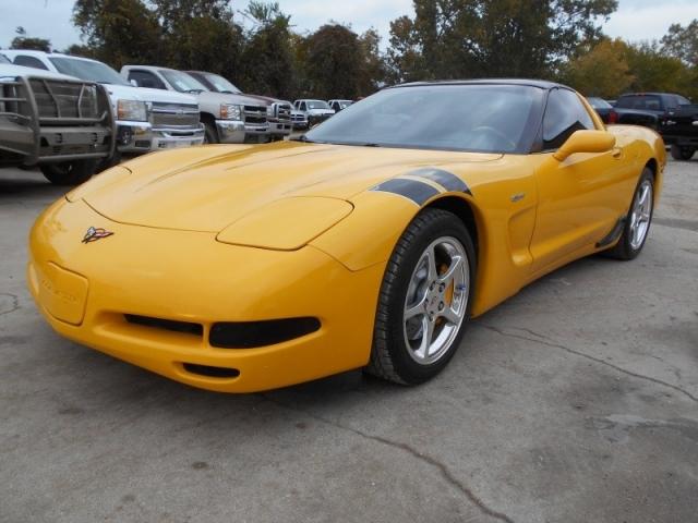 2000 Chevrolet Corvette YELLOW