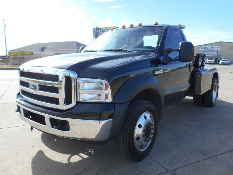 "2006 Ford Super Duty F450 DRW Reg Cab 141"" WB 60"" CA XL ..."