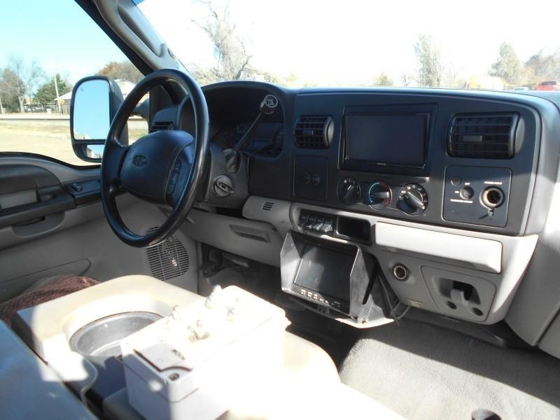 Ford Super Duty F-450 DRW 2006 price $23,995