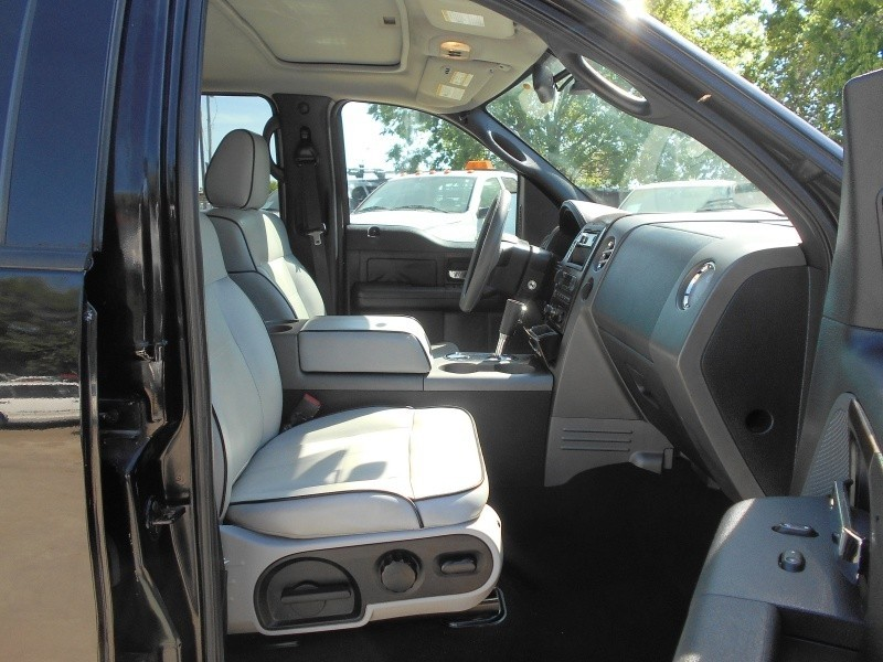 Lincoln Mark LT 2006 price $15,995