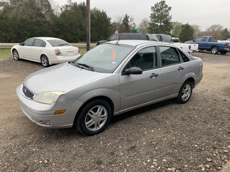 FORD FOCUS 2007 price $3,995