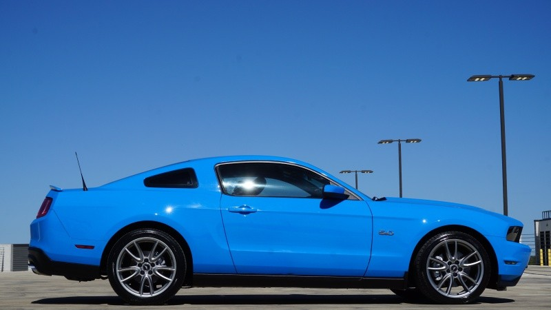 2011 Ford Mustang 5.0L w/ 6 Speed Manual: 2011 Ford Mustang GT 5.0L w/ 6 Speed Manual 76777 Miles Blue Coupe 5.0L 412.0hp