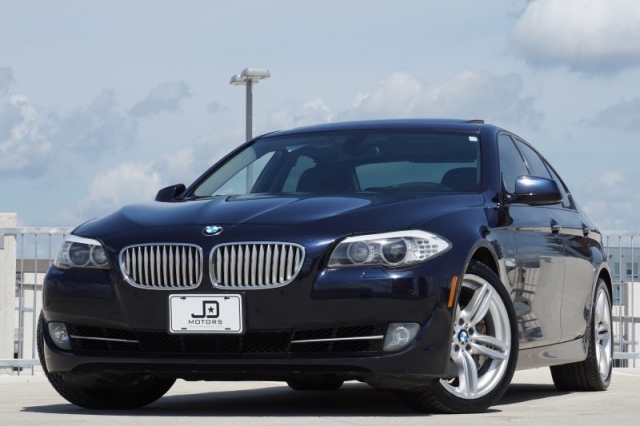 2011 BMW 5 Series 550i Twin Turbo