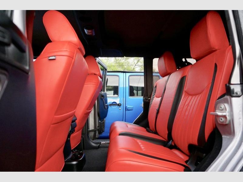 Jeep Wrangler Unlimited 2017 price $39,995