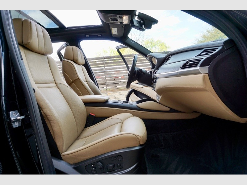 BMW X5 M 2011 price $23,795
