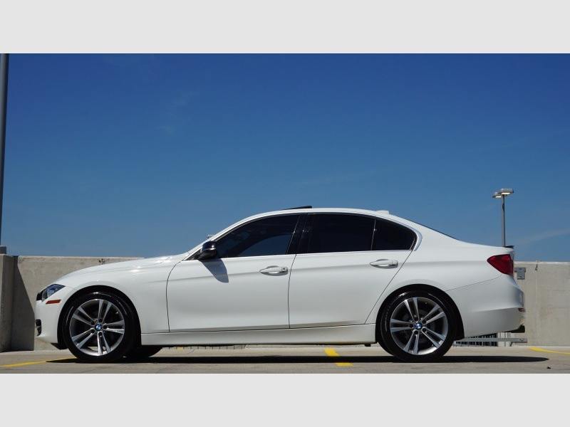 BMW 3-Series 2015 price $21,995